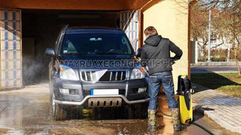 Phương pháp rửa xe ô tô bằng máy rửa xe cao áp đúng chuẩn nhất