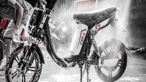 Vì sao rửa xe đạp điện xong không đi được?