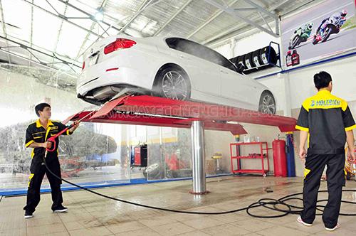 Người dùng nên tham khảo kinh nghiệm mở tiệm rửa xe của người đi trước khi định kinh doanh dịch vụ này