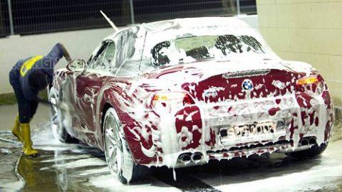 Nước rửa xe bọt tuyết là gì? Rửa xe bọt tuyết có tốt không?