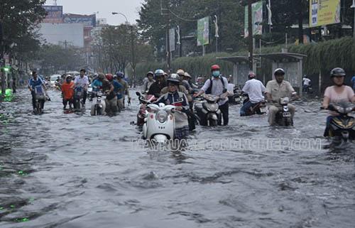 Xe chết máy khi ngập nước không phải là hiếm gặp, đặc biệt là vào mùa mưa