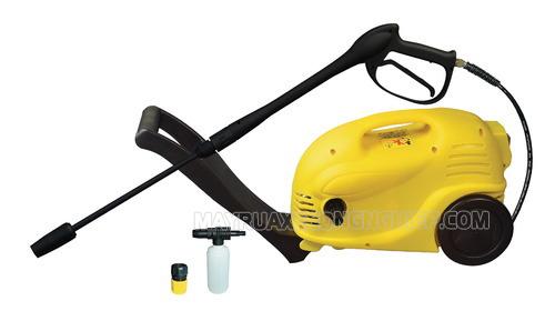 Máy rửa xe Jetta 1600 có thiết kế nhỏ gọn, dễ sử dụng