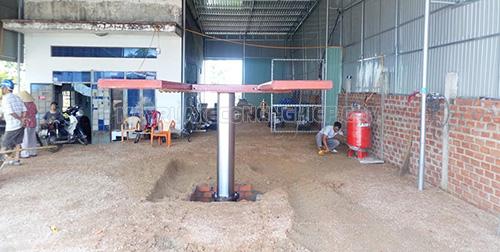 Cầu nâng rửa xe ô tô một trụ là thiết bị vô cùng cần thiết đối với các tiệm rửa xe