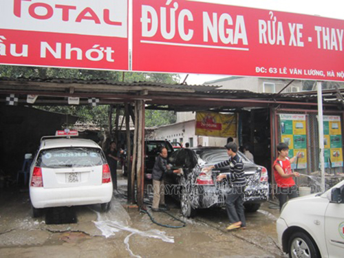 Rửa vệ sinh ngoại thất xe