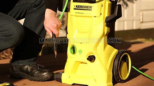 Người dùng cần sửa chữa máy rửa xe Karcher đúng cách