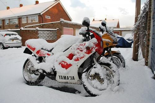 Xe khó nổ máy khi trời lạnh