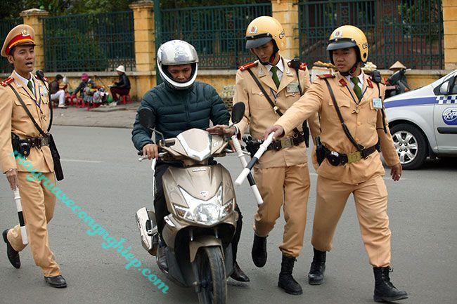 Khi không tham gia bảo hiểm xe máy có bị phạt không?