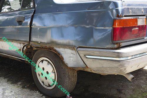 Rửa xe bằng nước mưa khiến xe bị ăn mòn