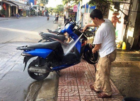 Sử dụng áp lực nước phù hợp cho từng vị trí phun rửa