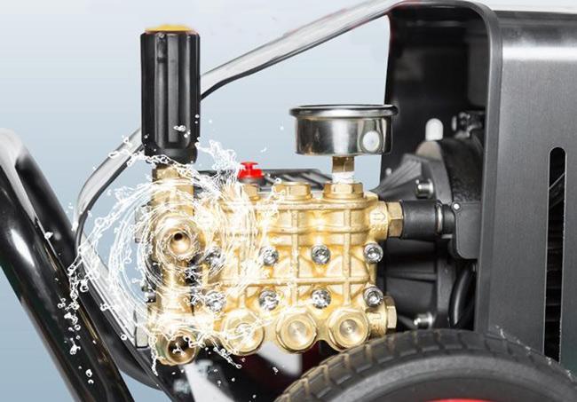 Núm chỉnh áp trên máy phun rửa xe cao áp