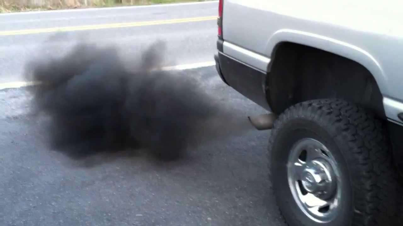 Kim phun nhiên liệu hỏng khiến Ô tô xả khói đen