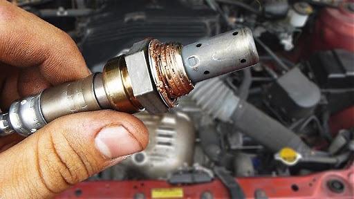 Cảm biến oxy trên ô tô