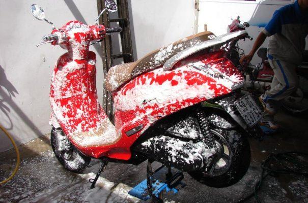 Rửa xe bọt tuyết là hình thức rửa xe công nghệ cao, hiện đại nhất hiện nay